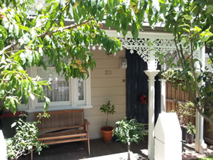 Painting a Weatherboard Flemington