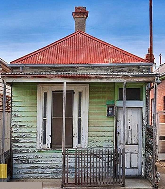 shabby weatherboard